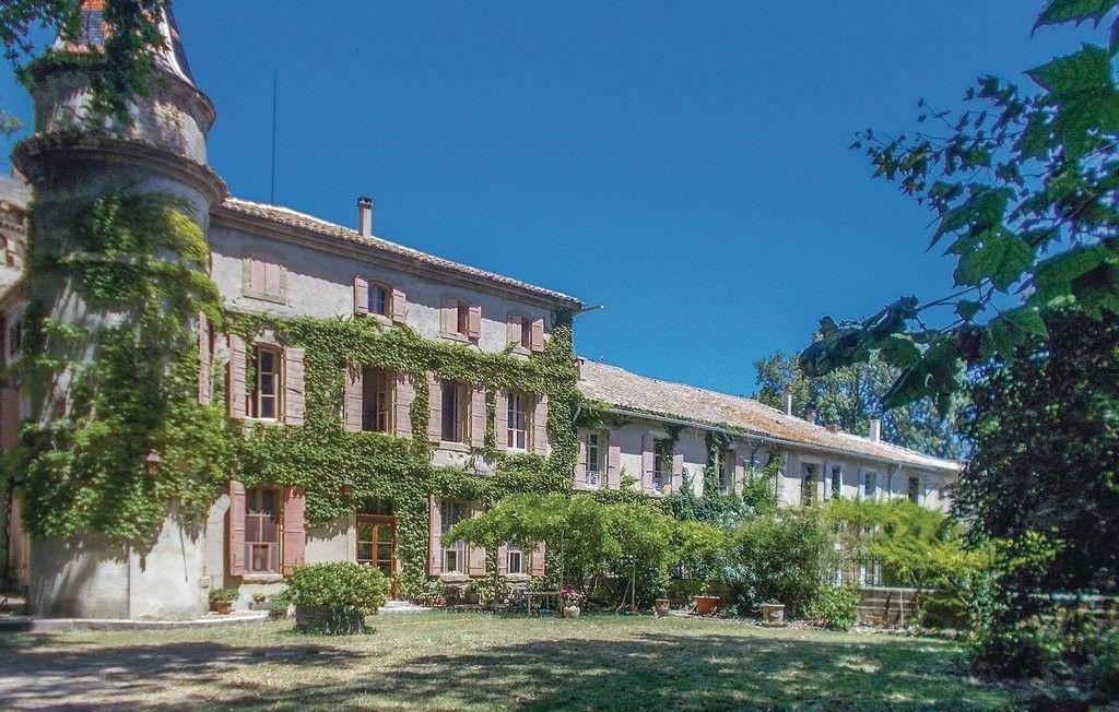Piso con jardín en Bédarrides