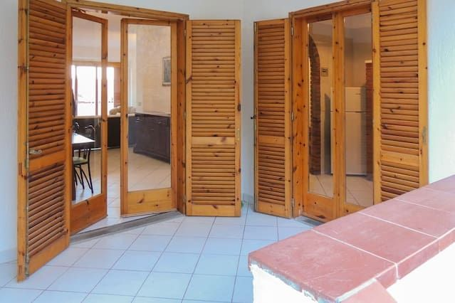 Casa de 4 habitaciones con balcón