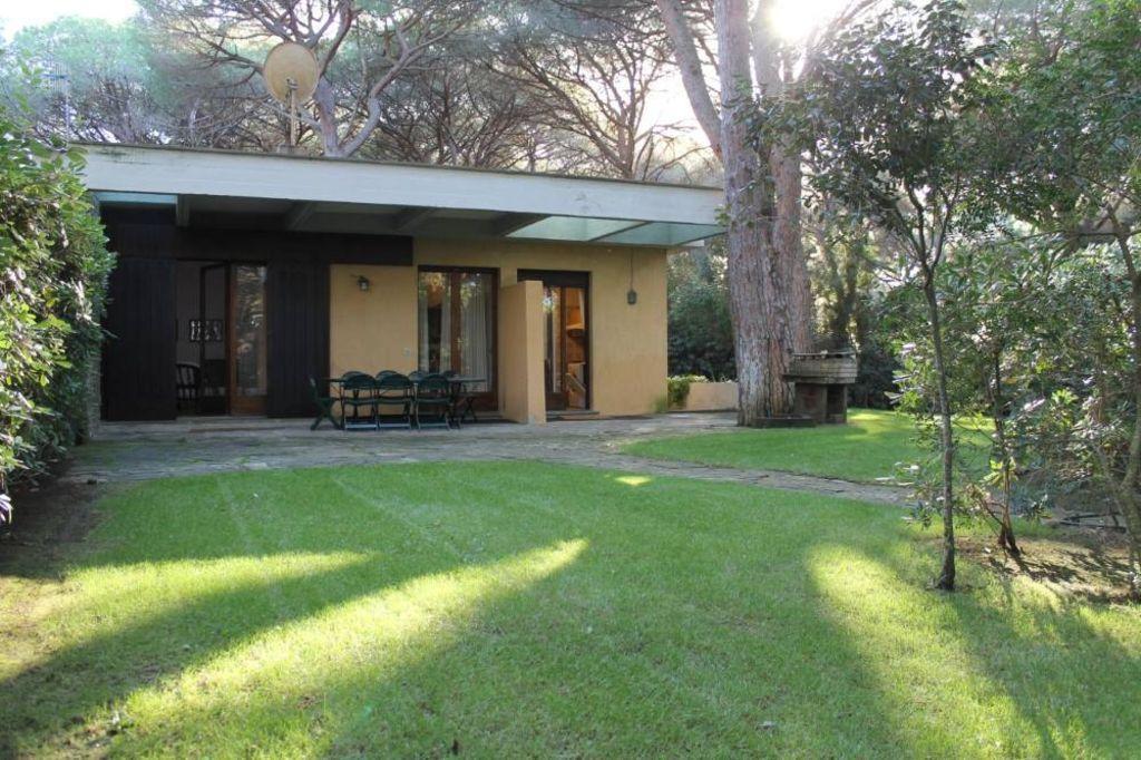Provista residencia de 100 m²
