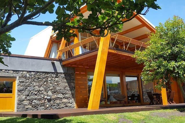 Encantadora residencia con jardín