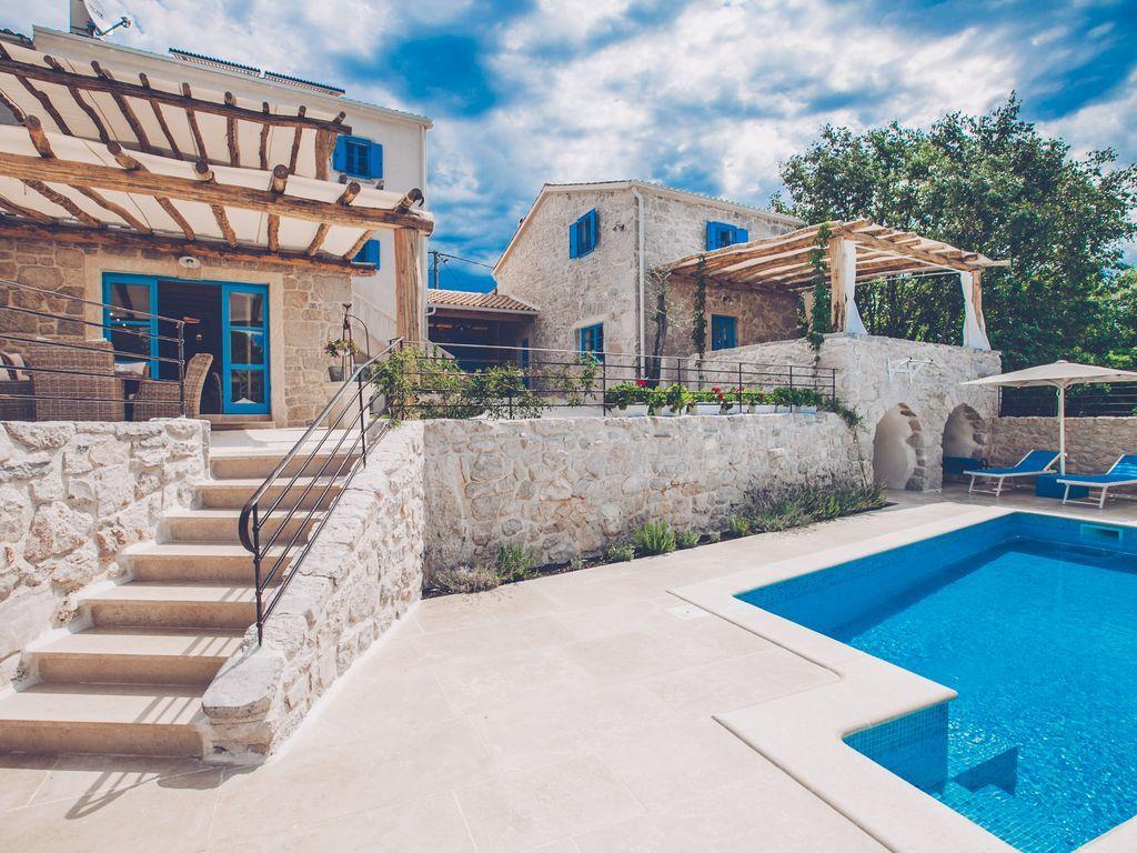 Casa de 250 m² con jardín