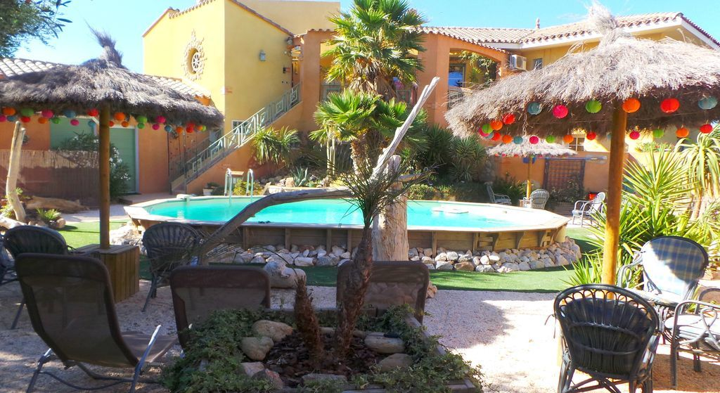 Apartamento en Argelès-sur-mer con jardín
