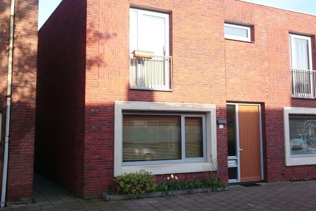Alojamiento de 3 habitaciones en Tilburg