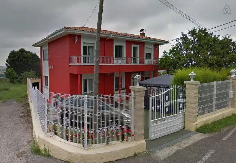 Residencia para 5 personas con balcón