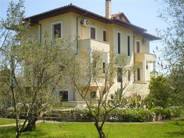 Amaliapolis apartments (4)