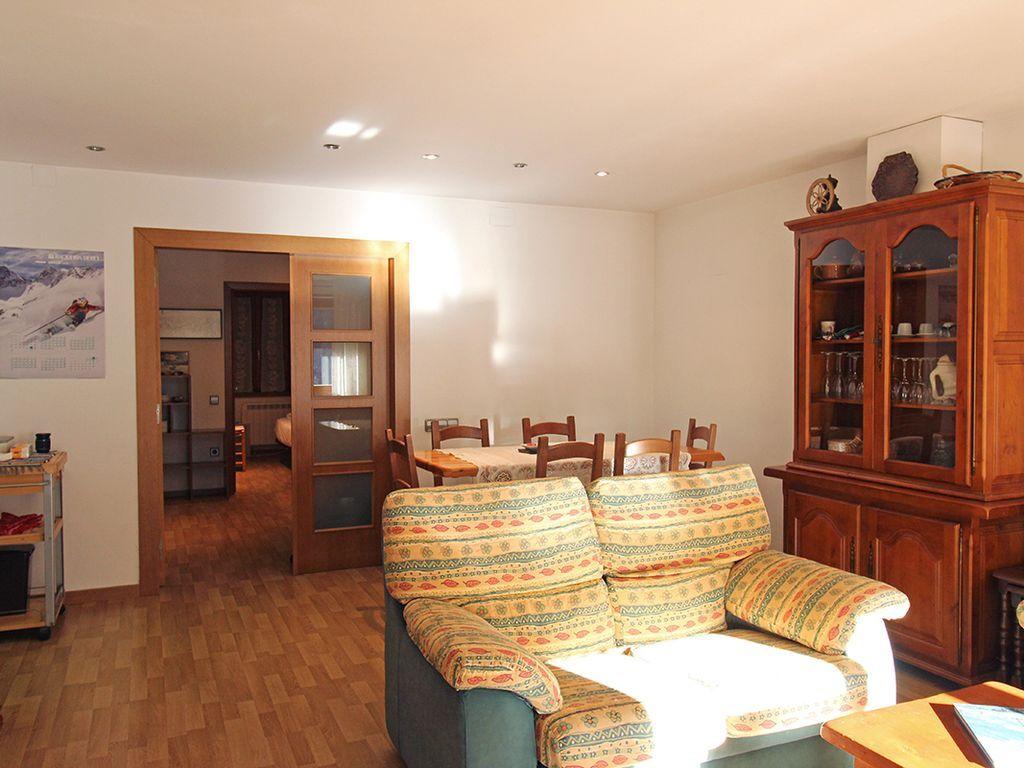 Con vistas alojamiento de 80 m²