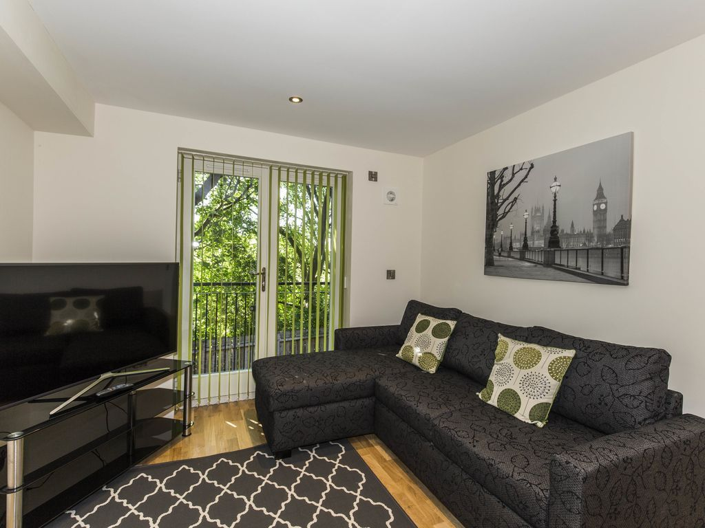 Property with wi-fi for 4 people
