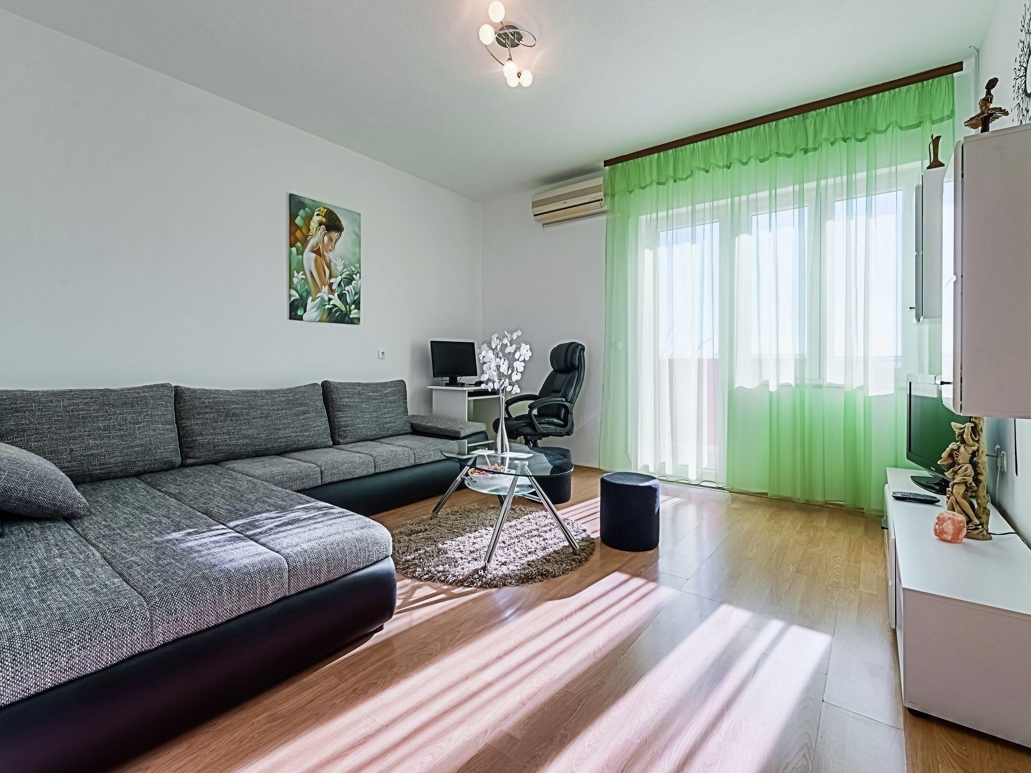 Hébergement de 120 m² avec parking