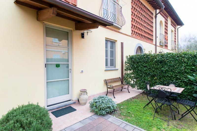 Clarissa's Home: appartamento a Lucca con giardino