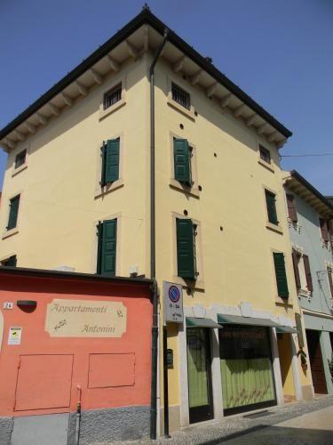 Alloggio di 3 camere a Valeggio sul mincio
