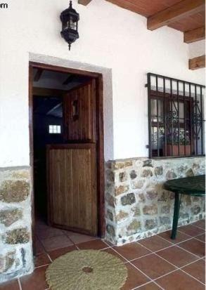 Hogareña casa en Villaverde de guadalimar