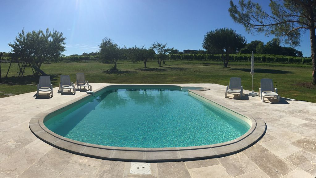 Fitted holiday rental in Coubeyrac