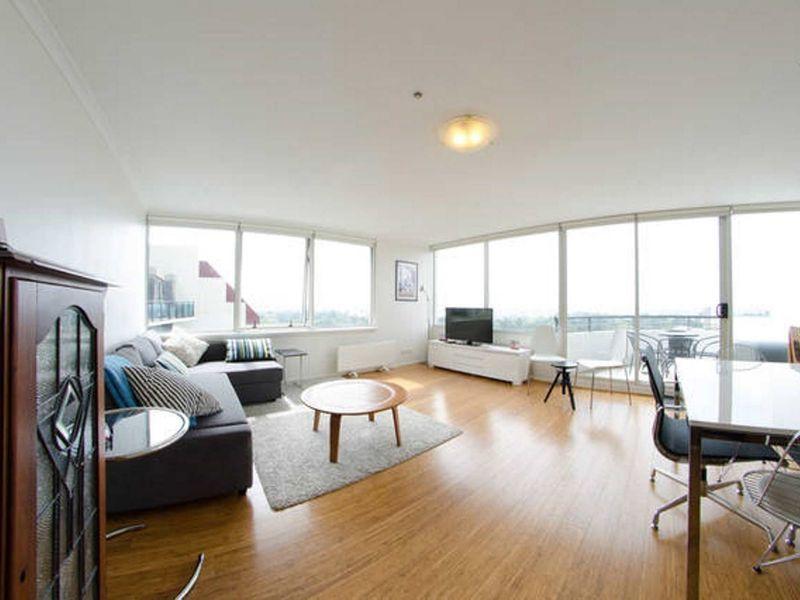 Apartamento con todo lo necesario con balcón
