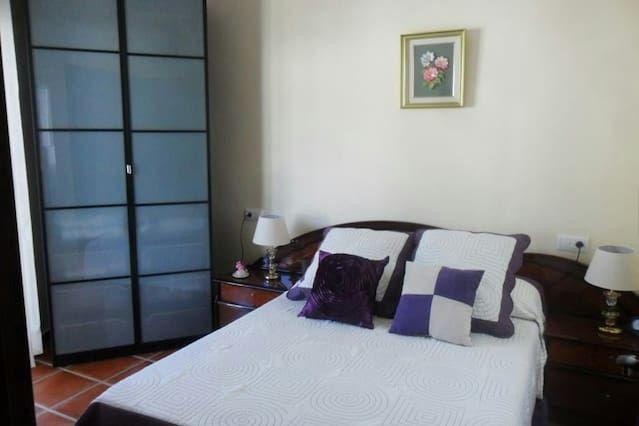 Alojamiento de 2 habitaciones en Grazalema