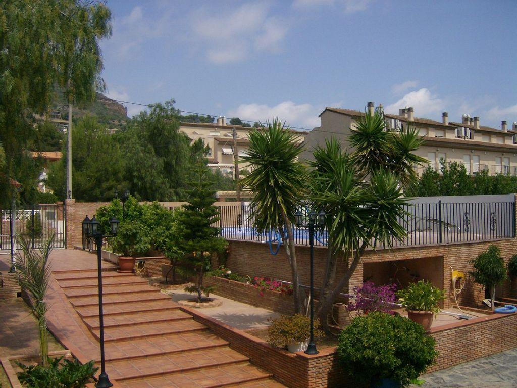 Residencia en Gilet       (valencia) con parking incluído