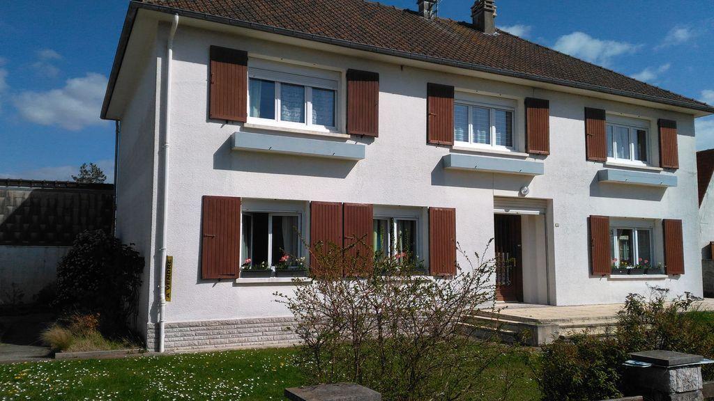 Casa de 200 m² con jardín