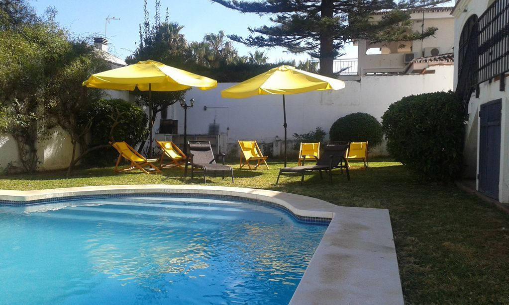 Holiday rental for 14 in Benalmádena