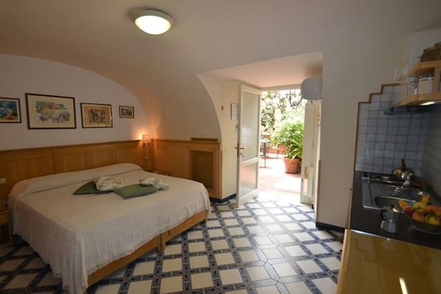 Studio Apartments Sorrento Centre