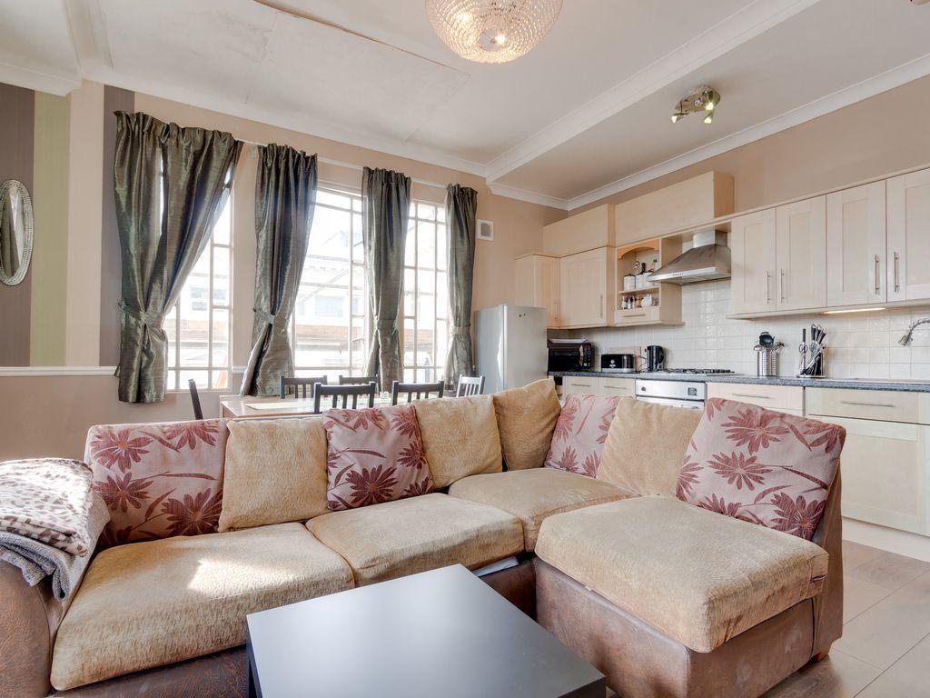 Estupendo apartamento para 6 huéspedes en Brighton
