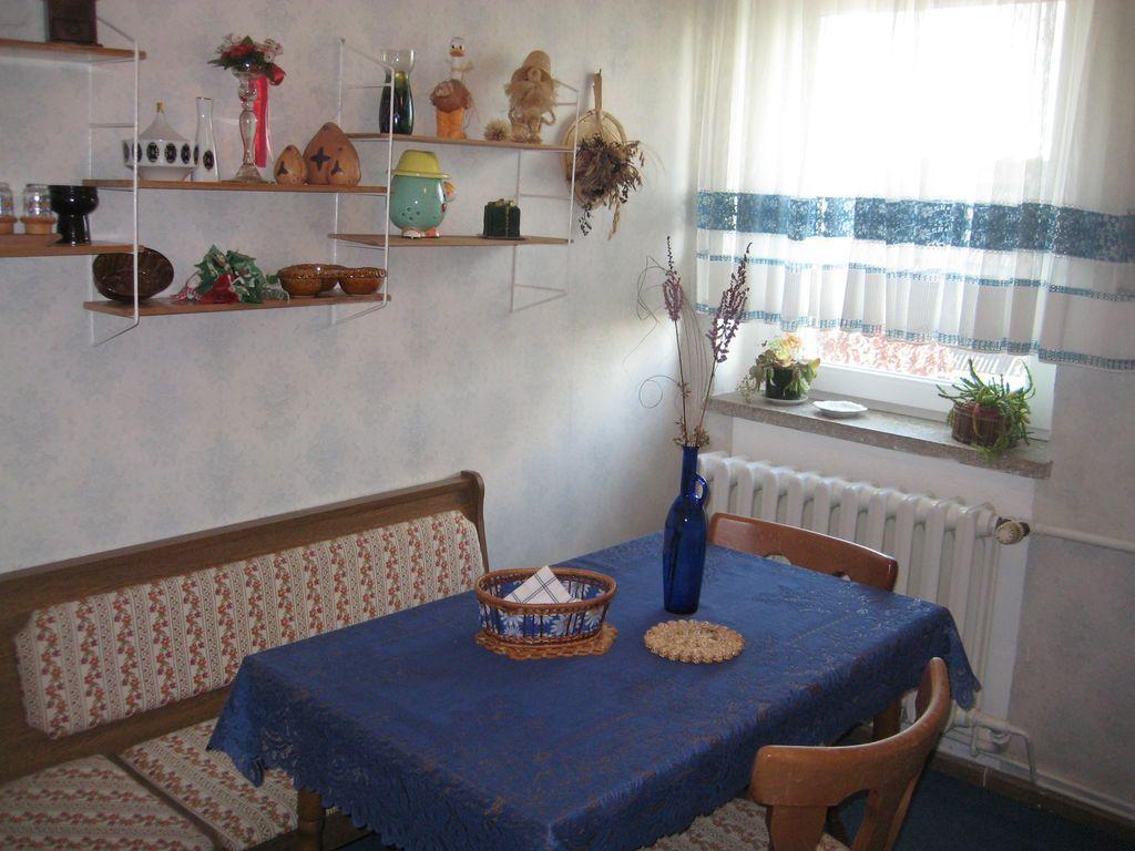 Wohnung mit 2 Zimmern und Garten