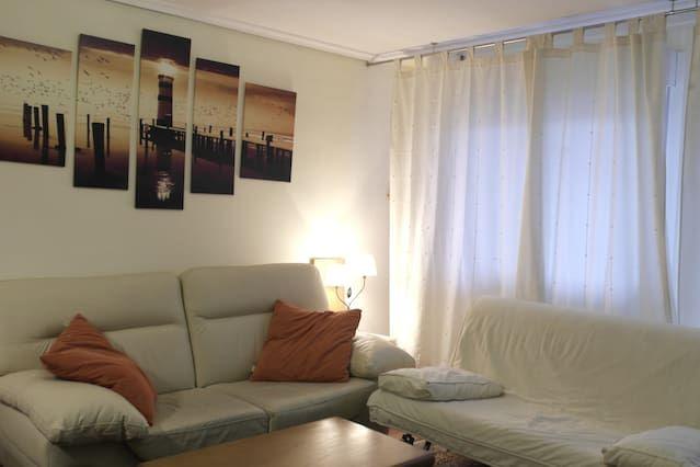 Logement bien équipé avec 1 chambre