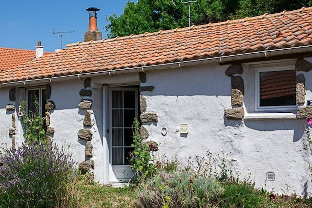Residencia con jardín para 11 huéspedes