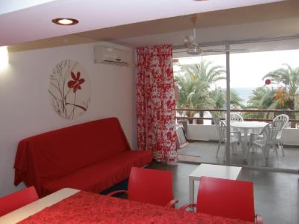 Property in Ibiza with 2 rooms