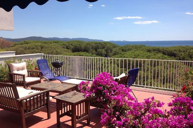 Apartamento, para 6 personas, 2 ch. Terraza con vistas al mar, a 80 m Belle Plage Follonica, Toscana