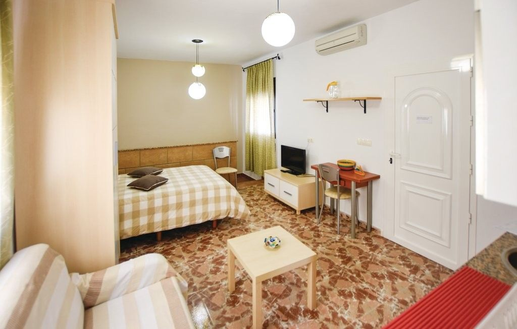 Equipped 28 m² holiday rental