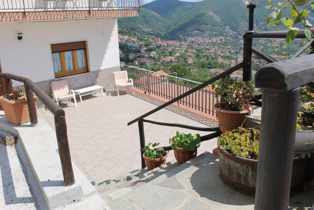 Alojamiento con balcón en Agerola