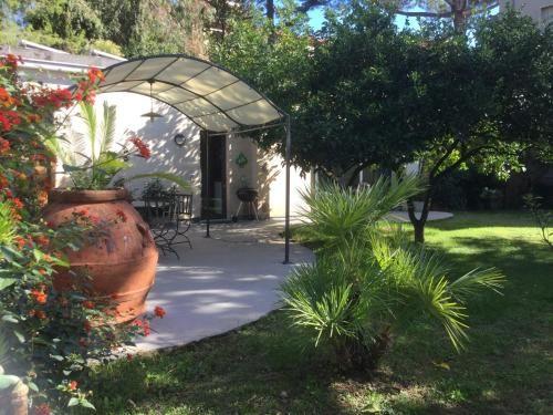 Residencia con jardín en Formia