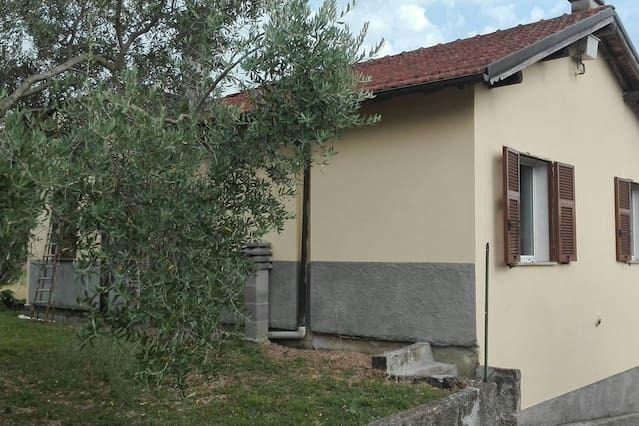 Residencia de 2 habitaciones en Albiano magra