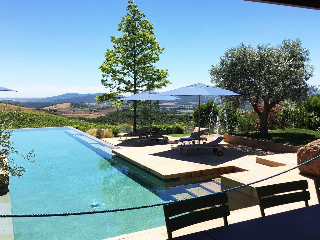 Casa en Tatti con piscina