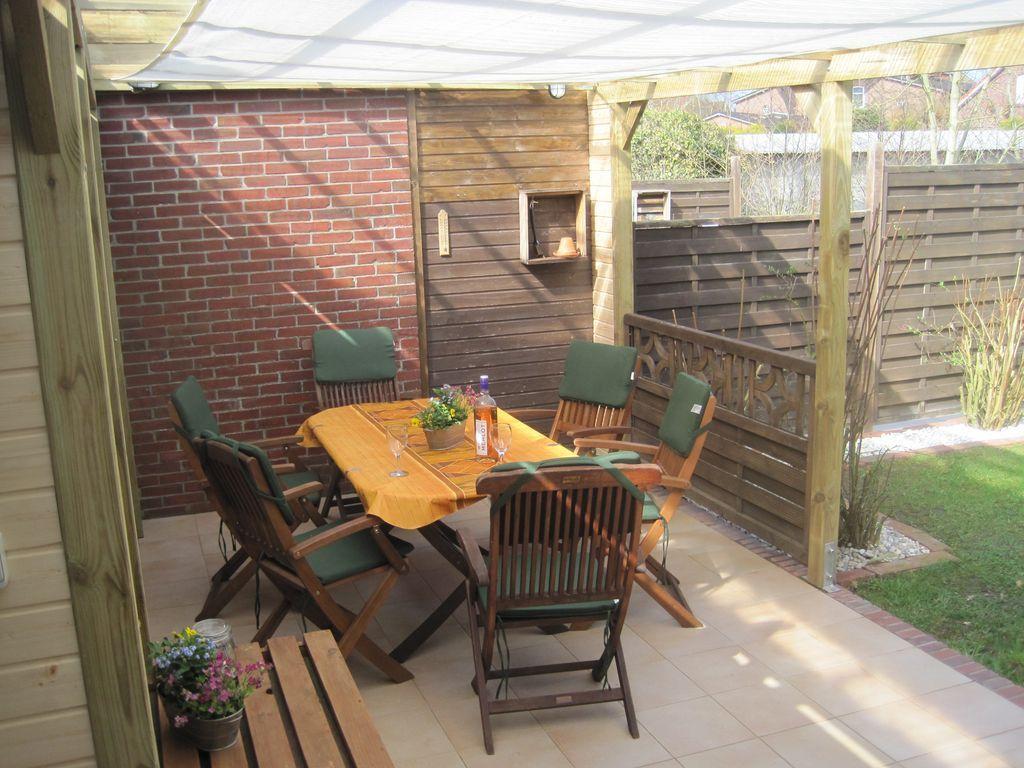 Ferienwohnung für 6 Gäste mit Garten