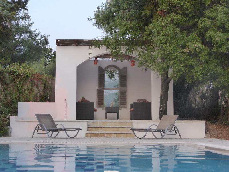 Agios stephanos villa grace On the nrth east coast