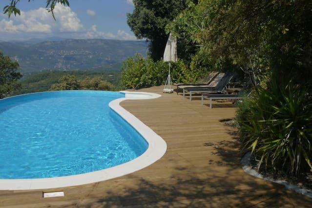 Garden and Pool Guest Room (Vela)