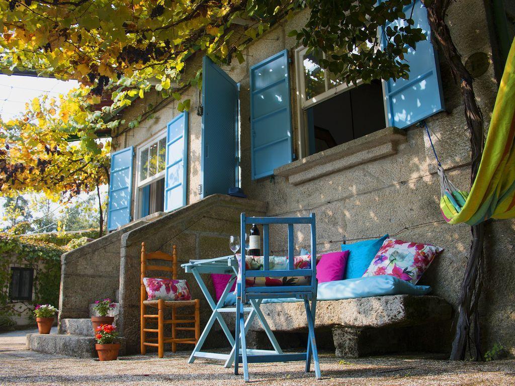 Residencia con parking incluído para 6 huéspedes