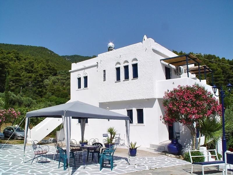 Ktima Ravanou apartment 1 in Villa Alexandra