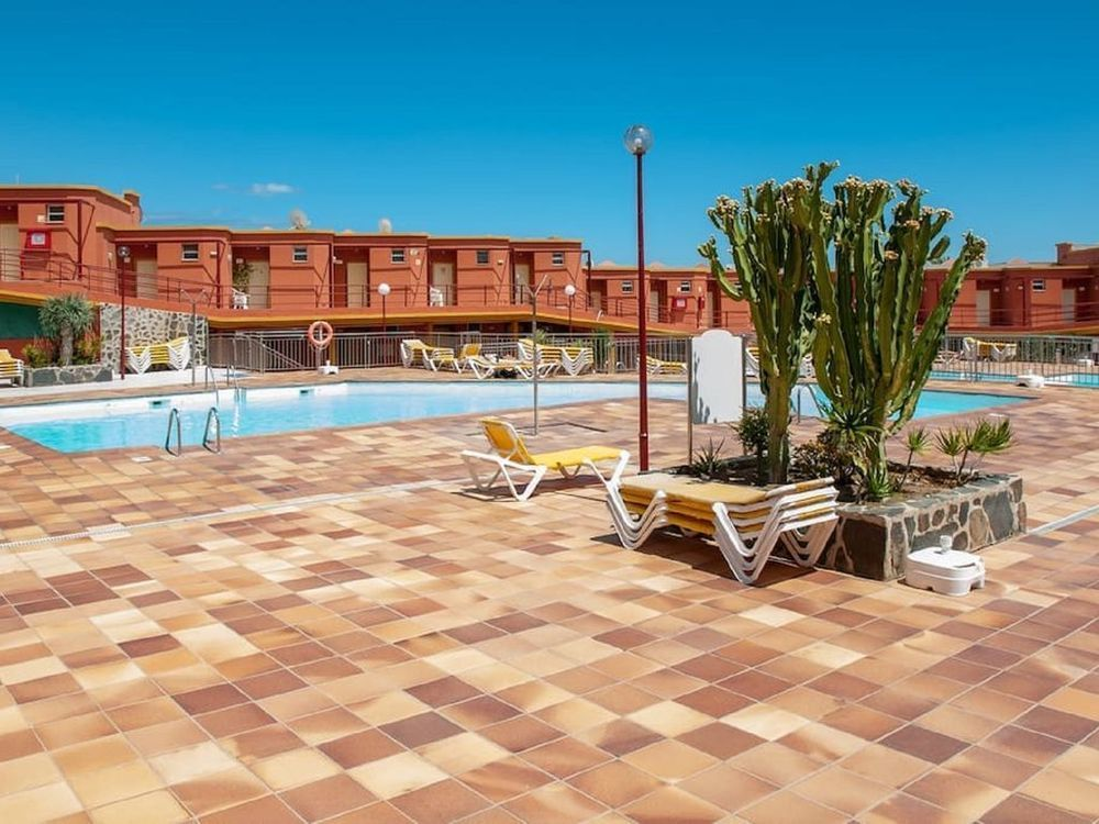Alojamiento con piscina en San bartolomé de tirajana