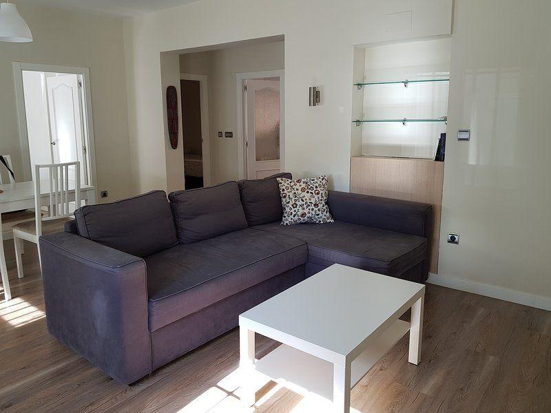 Provisto apartamento de 2 habitaciones