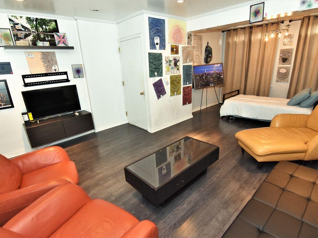 Provisto apartamento para 5 huéspedes
