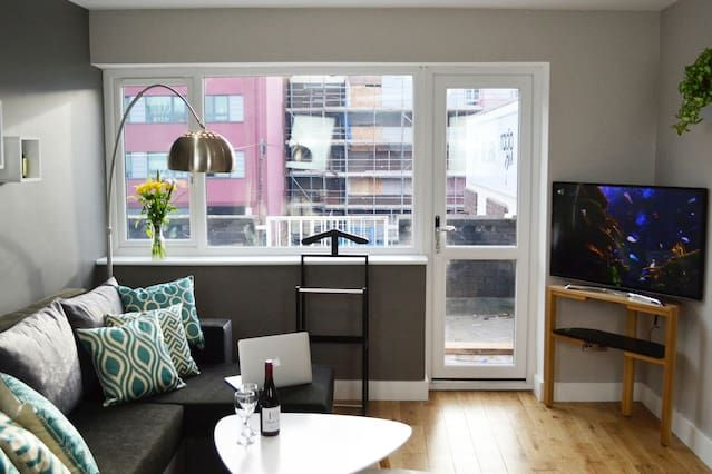 Equipped holiday rental in Coventry