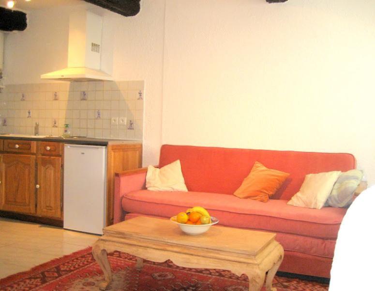 Apartamento de 1 dormitorio en el centro de St Paul en Foret, cerca de Fayence