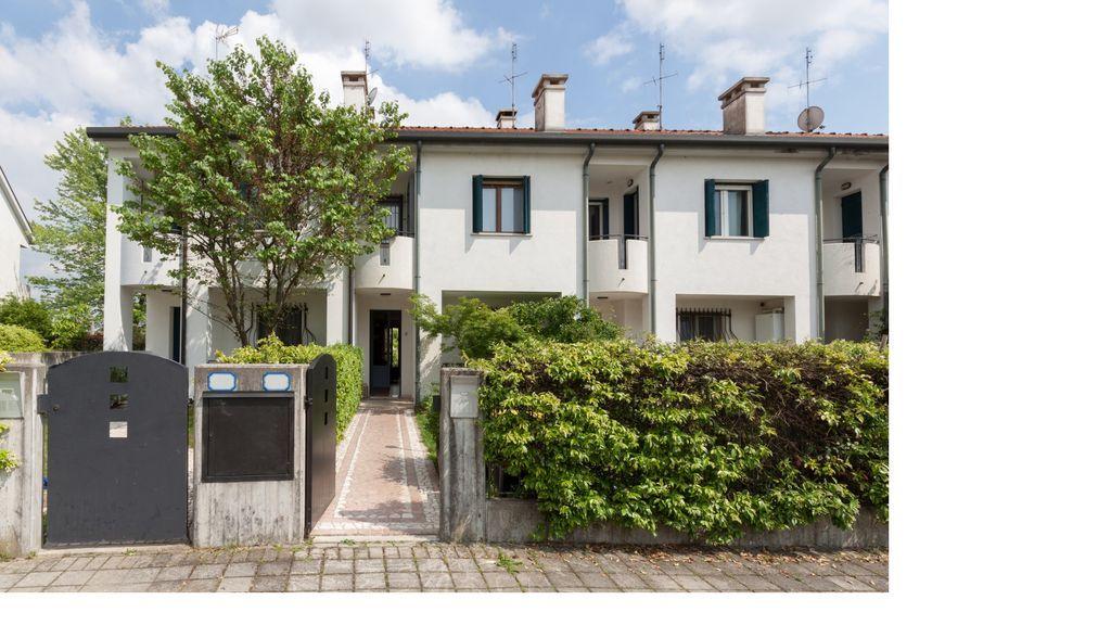 Casa de 150 m² de 3 habitaciones