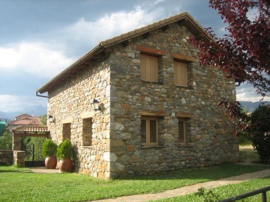 Casa con balcón de 3 habitaciones