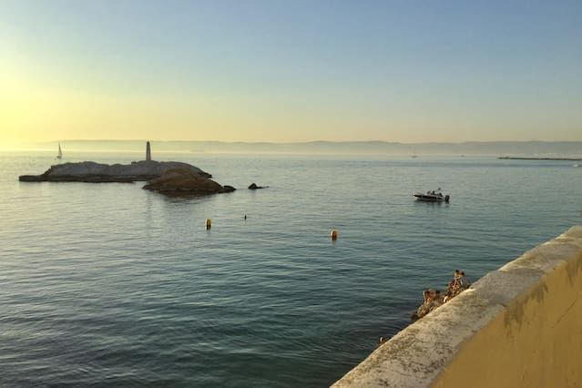 Avec tout ce dont vous avez besoin hébergement à Marsella