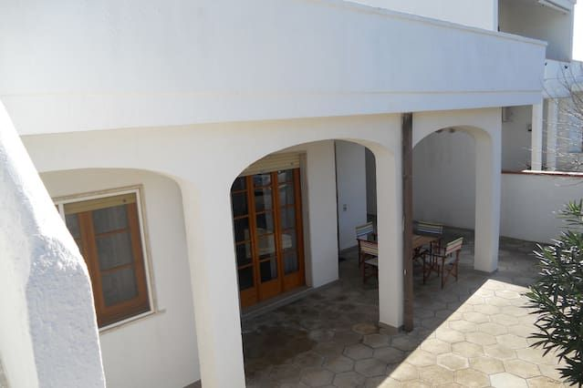 Holiday Villa 100 m from the beach