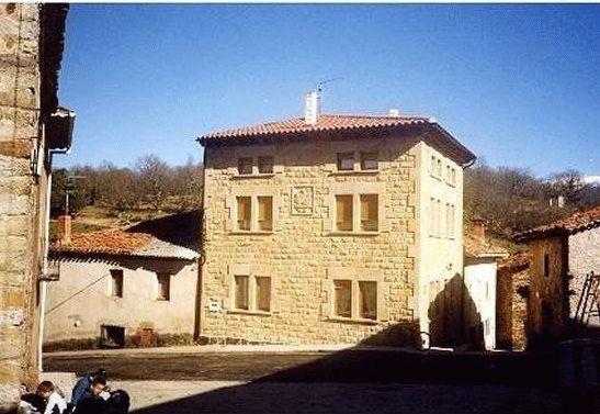 Residencia de 5 habitaciones en Valle de valdelaguna
