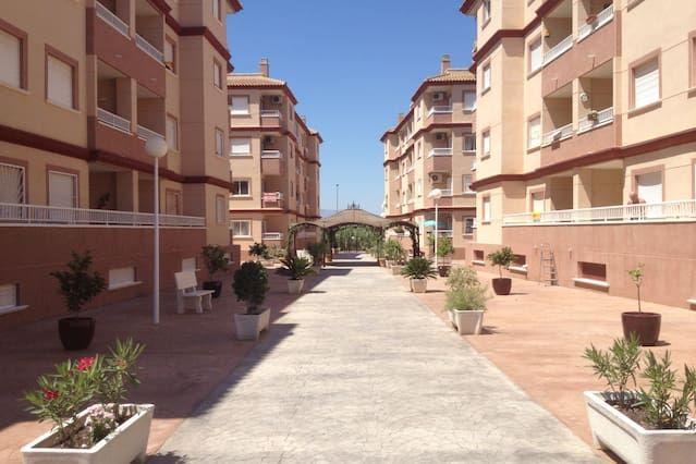 Con vistas apartamento con balcón