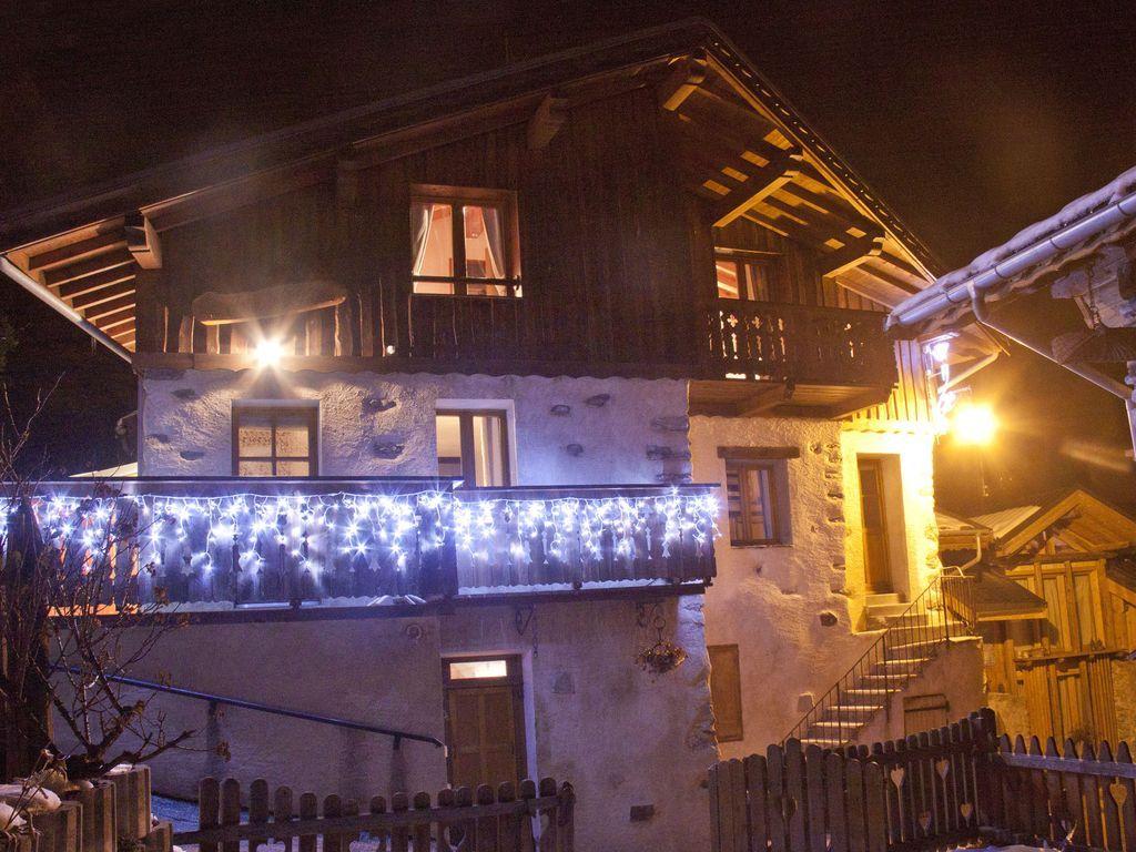 Residencia estupenda con balcón